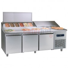 Refrigerated preparation counter , 3 doors 10x GN 1/3